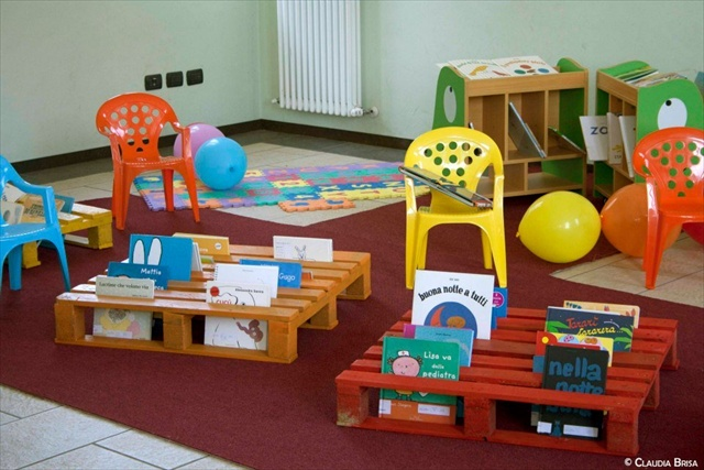 Muebles infantiles con palets una idea divertida for Muebles divertidos