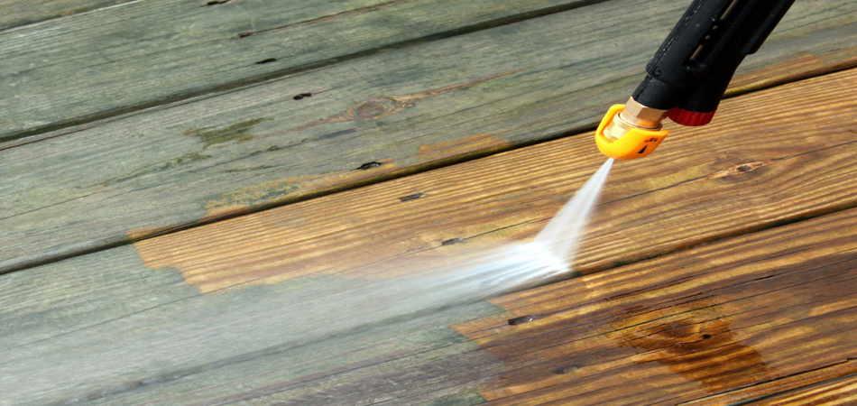 Mantenimiento a una pérgola de madera